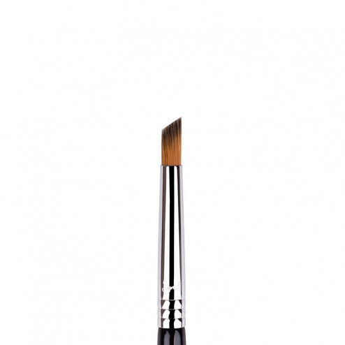 Sigma Beauty F69 - Angled Pixel Concealer™