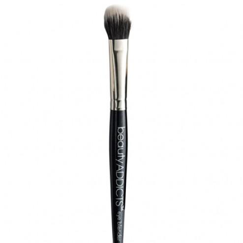 Beauty ADDICTS Eye Blender Brush