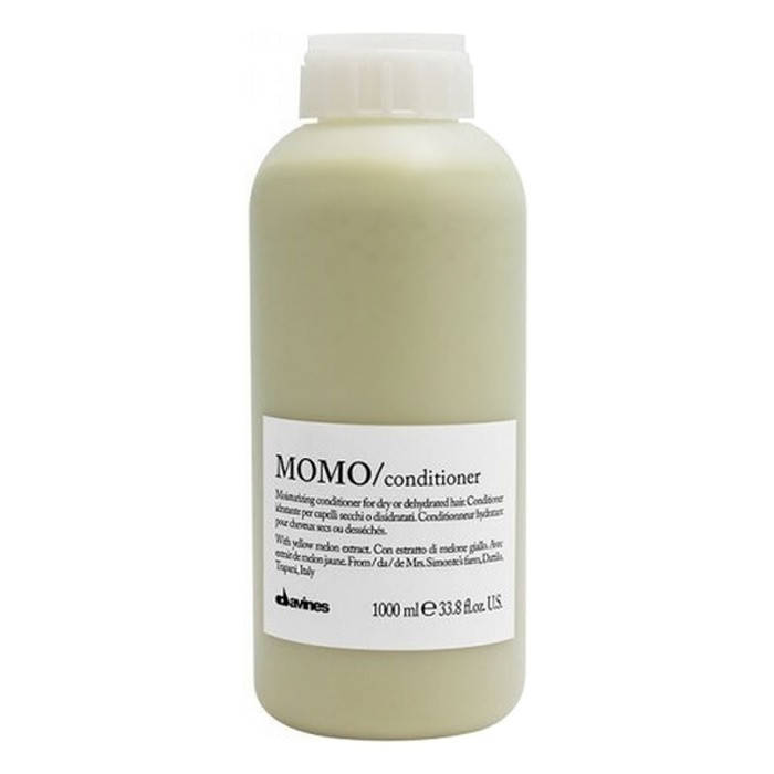 Davines MOMO Moisturizing Revitalizing Creme Conditioner