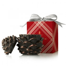 Thymes Frasier Fir Pinecone Candle